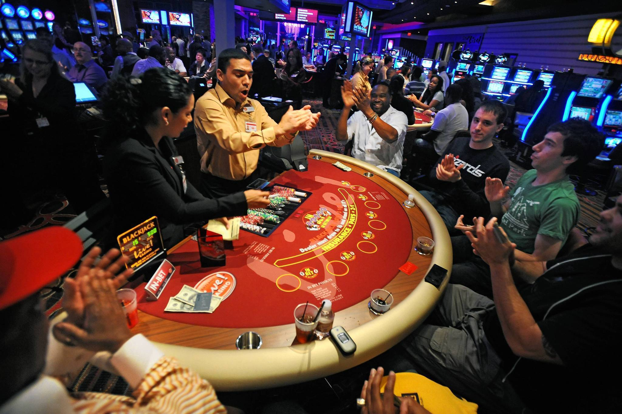 Live Table - 334626